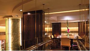 刷花旗银行信用卡,享上海浦东香格里拉酒店怡咖啡自助餐买一赠一礼遇