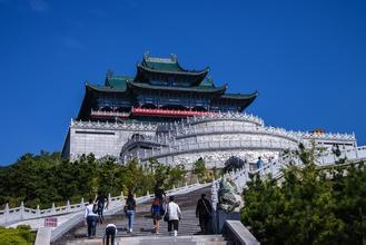 刷中国银行信用卡,享威海仙姑顶7.5折优惠